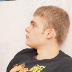 Парень ищет развратную девушку для жаркого секса в Магнитогорске