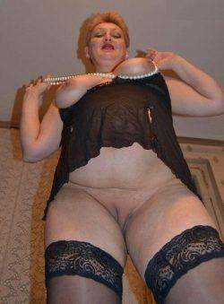 Стройная малышка очень хочет заняться сексом с мужчиной в Магнитогорске